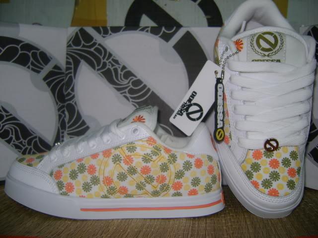 Đợt giày Odessa 2009 cho teen girl 14-Size36