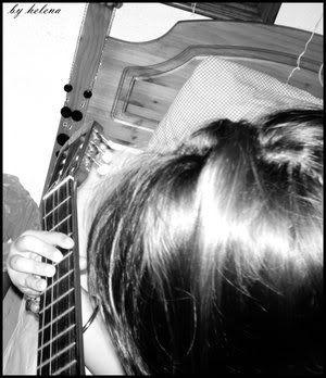 helen's gallery Guitar_love_by_elena25792-1