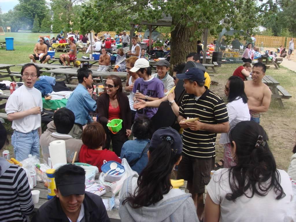 Dã ngoại ca đoàn ngày 12/07/09 tại parc St-Zotique DSC06012