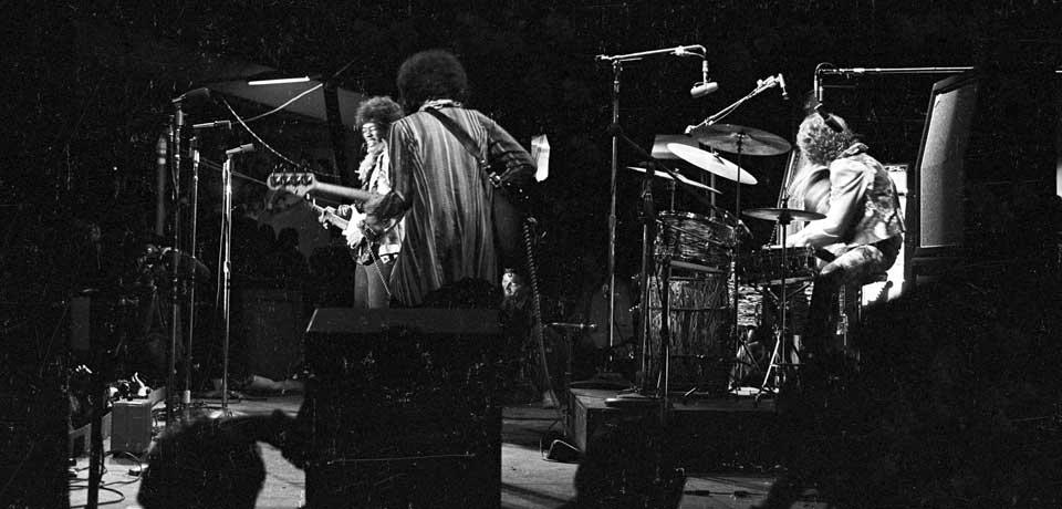 Live At Monterey (2007) - Page 2 670c827f88f00274ee8ee1e89a1ed1c0