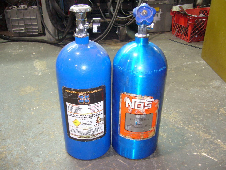 Nitrous Bottles + 03+newer LS1/LS6/LQ4/LQ9 PCM for sale P1040601