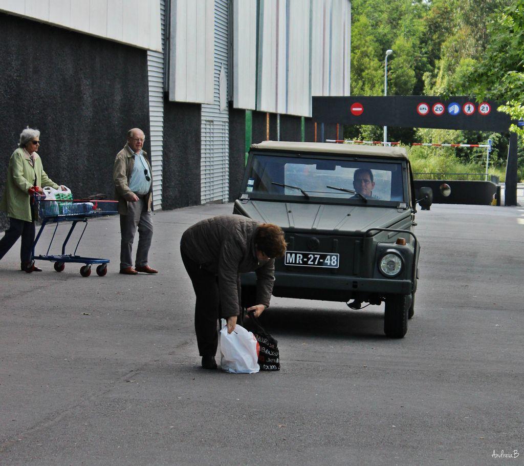 Exposição Clássicos Volkswagen | 1 a 10 maio'15 | C.C. Mira-Maia IMG_100115_zpsmlo7ciiw