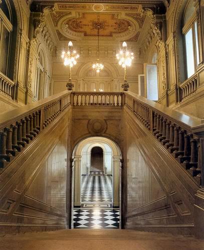 Escalera Principal Casarosadaintrerior3