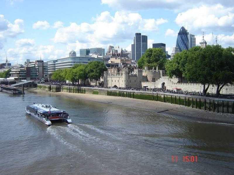 Vamos ali votar e voltamos já!! (Espanha, França e Londres - 2011) DSC07669
