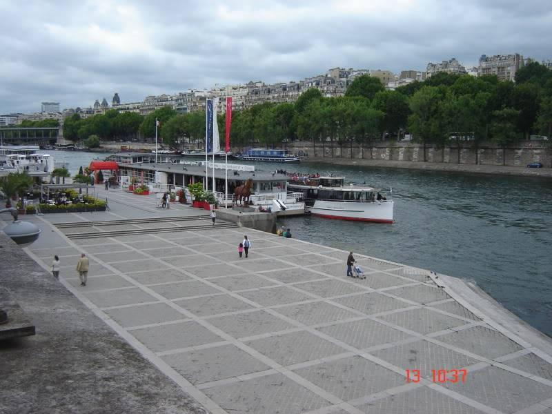 Vamos ali votar e voltamos já!! (Espanha, França e Londres - 2011) DSC07853