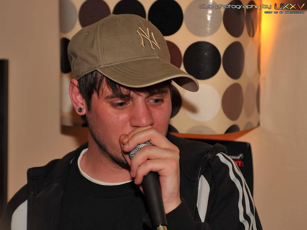 PREVIEW OF MCF GIG PICS MCFPromoNight-May2009-PhotosbyUX-4