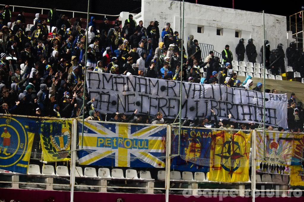 FC Petrolul Ploiesti - Pagina 2 2012_03_11_Rapid-Petrolul__002