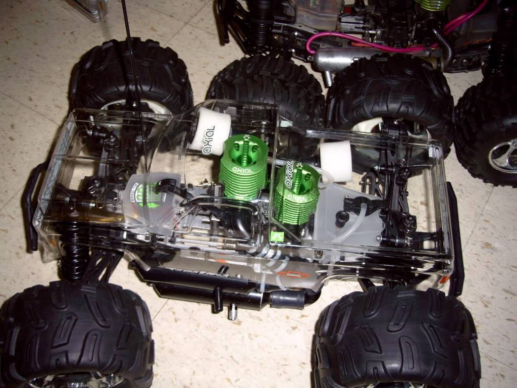 R/C  Team losi / lightning GTX2  twin engine Picture257