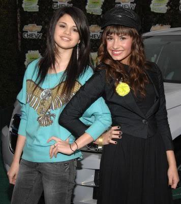 Selena & Demi Photos 2498082160_af7b3a2381