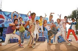 Louis Koo, Show Luo and Jolin Tsai plays around in Thailand 2442u60