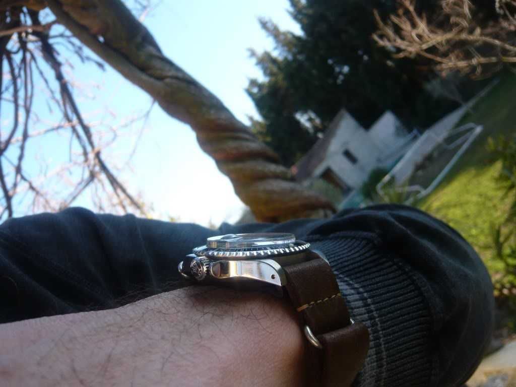 La montre du vendredi 28 janvier 2011 - Page 2 1680leather2