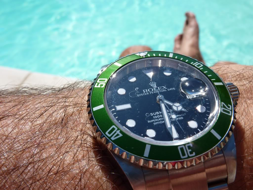 Quelle montre portez-vous à la piscine ? SUBLV7