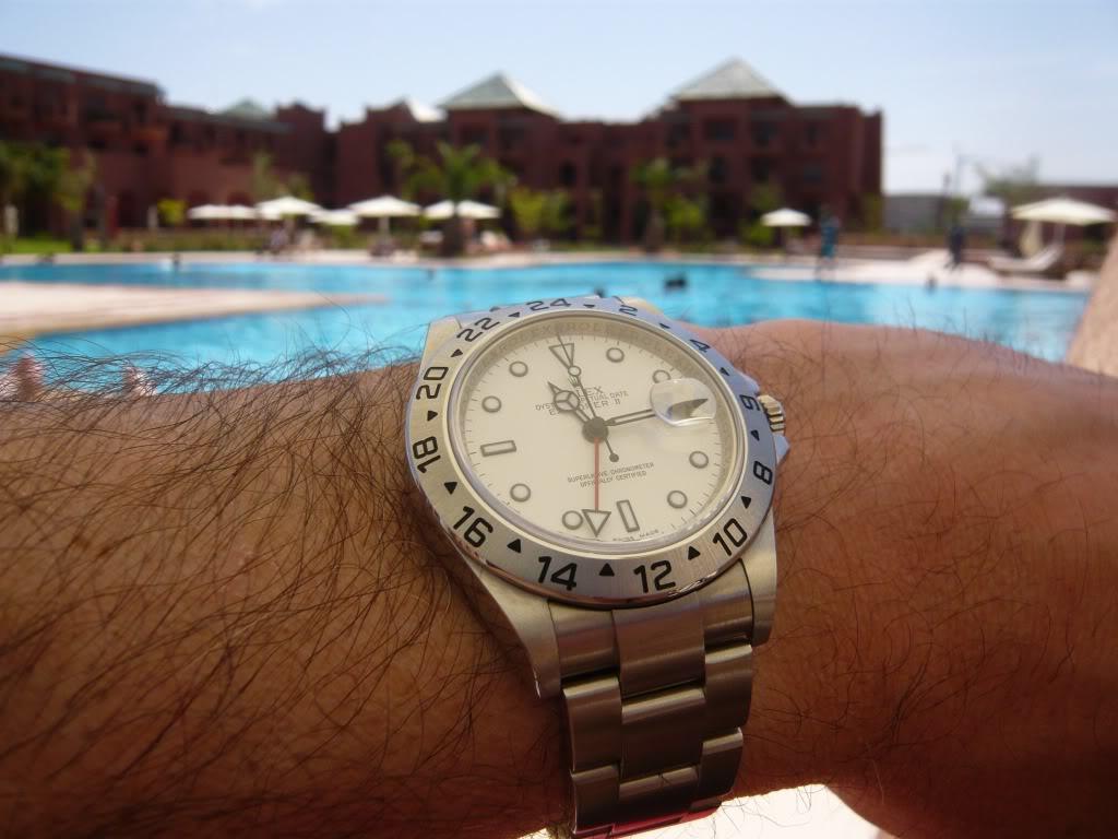 Quelle montre portez-vous à la piscine ? ExplomarocPalmPlaza2