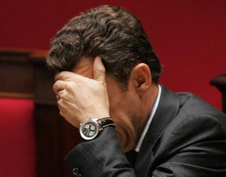 Breitling - Feu !!! sur vos Breitling !!! Feu . Sarkozy_fan_de_la_rolex_daytona1197