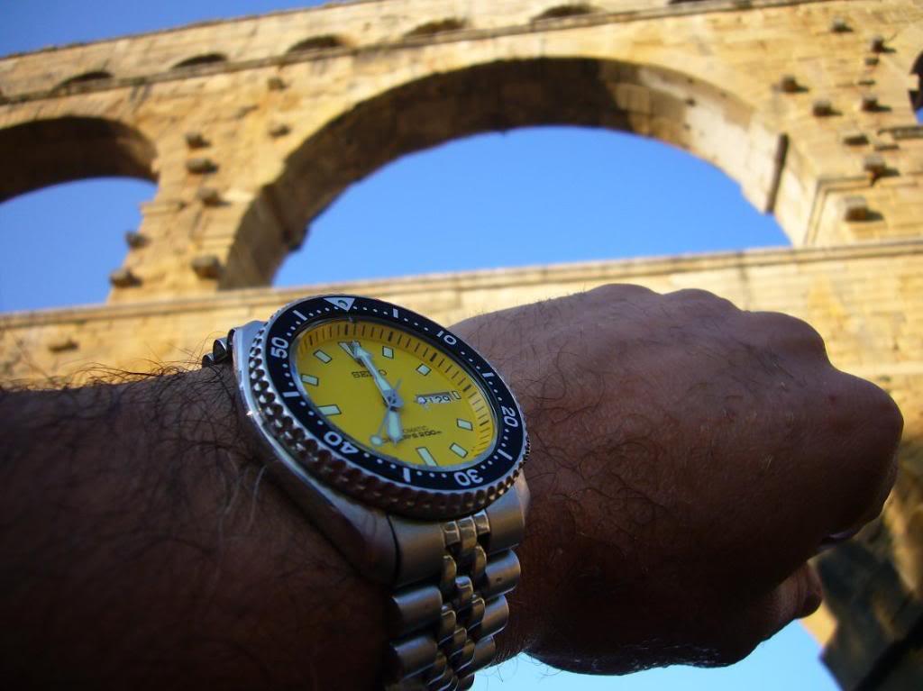 Wristshot de vos belles devant des monuments emblématiques - Page 2 Seikocollias