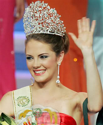 Miss Earth titleholder for the 1st decade... 7A593657B8FED6CA80C6C9472C39B4