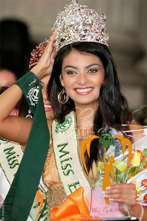 Miss Earth titleholder for the 1st decade... Miss-1