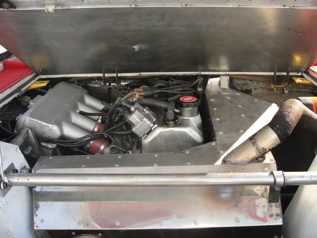 Charniere capot moteur? DSC06758