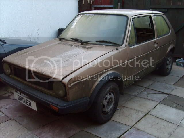 NEW PROJECT - mk1 Golf Driver Gold2ndOct004