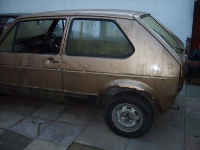 NEW PROJECT - mk1 Golf Driver Gold2ndOct010