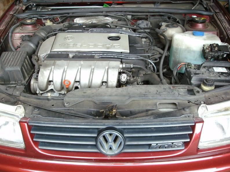 SOLD >> PLEASE DELETE          67,000 mile VR6 engine & box Passat008bmp