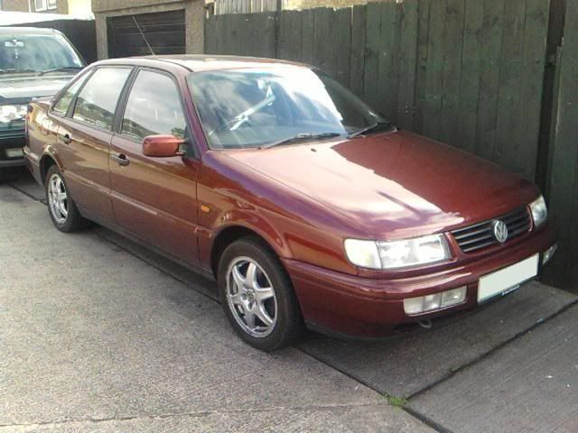 SOLD >> PLEASE DELETE          67,000 mile VR6 engine & box Passat012