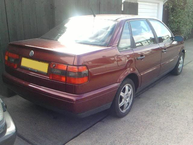 SOLD >> PLEASE DELETE          67,000 mile VR6 engine & box Passat013