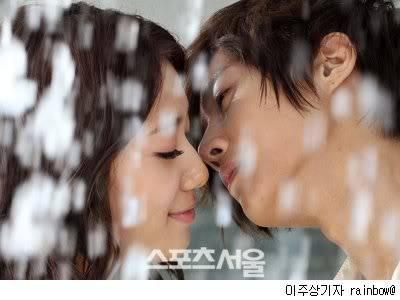 "KIM HYUN JOONG Y PARK SHIN HYE, SE CASAN PARA CF ""DYNAMIC KIN"" Park-shin-hye-kim-hyun-joong"