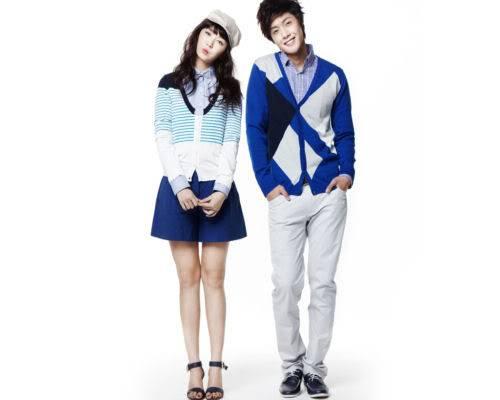 Kim Hyun Joong y Yoon Eun Hye pasan para Basic House YEHKJH005