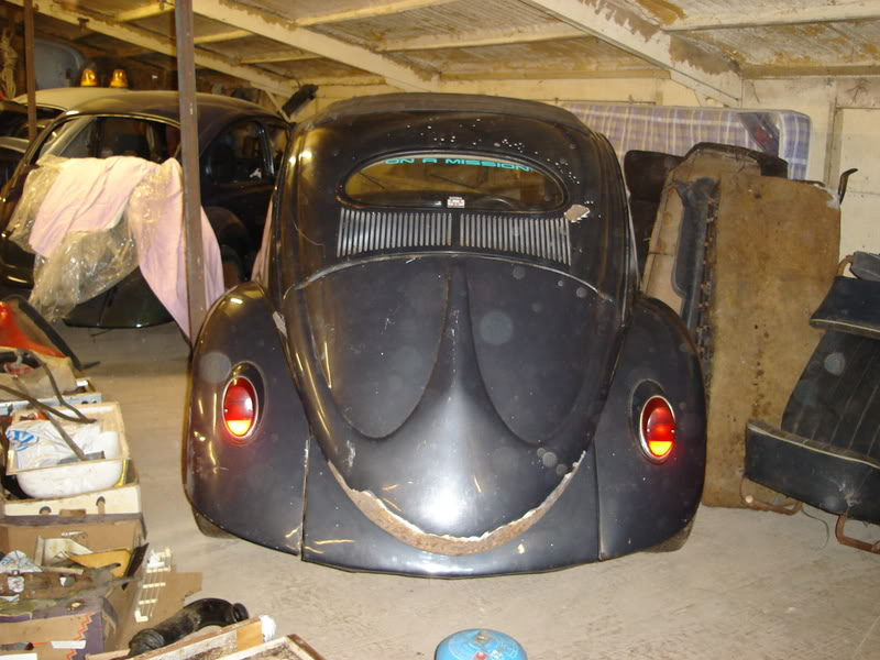 'Beryl' The 1957 RHD Ragtop Oval with suicide doors! HugoandBeryl023