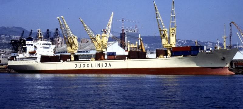 Srbija (1980) Srbija1980-Genoa85