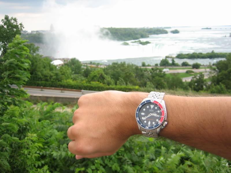 Watch-U-Wearing 08/08/09 NiagaraFallsAug06007