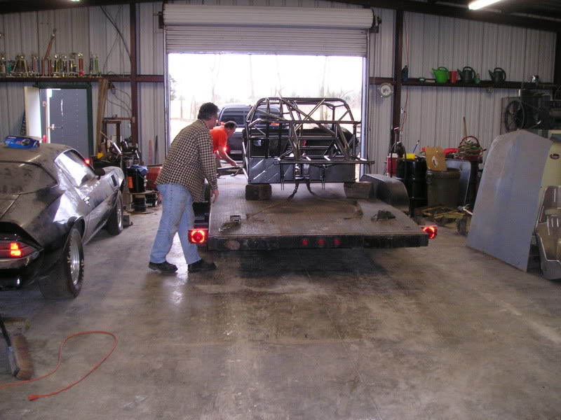 Chuck's 1970 Mustang: The Rebuild... - Page 6 PowderCoatChassis012