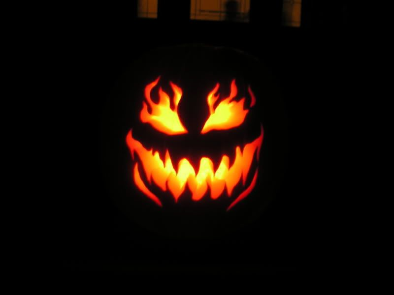 Happy Halloween.... IchabodPumpkinP1010007