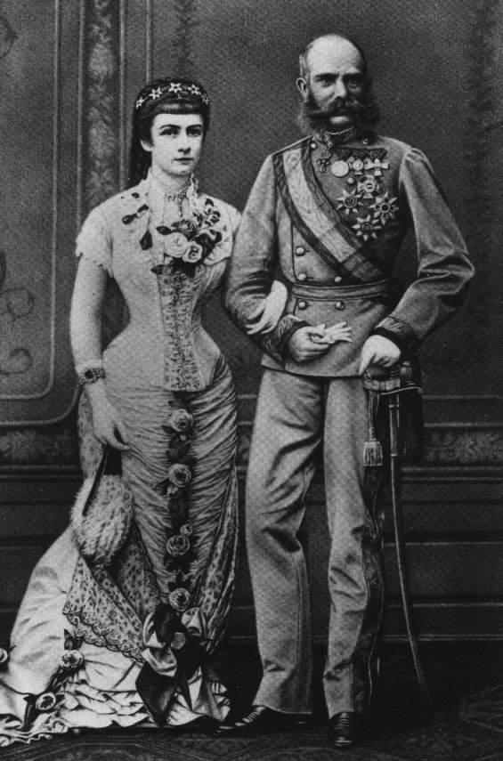 Elisabeth, emperatriz de Austria-Hungría - Página 2 Paar02