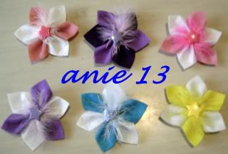 Flores en fieltro para el pelo Accesorios4