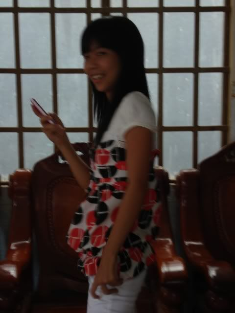 hình hot girl lớp mình này DSC00684
