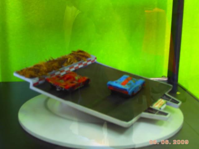 1a Exposição e fundação da Associação Gaúcha de Colecionadores de Veículos em Miniatura 100-0021