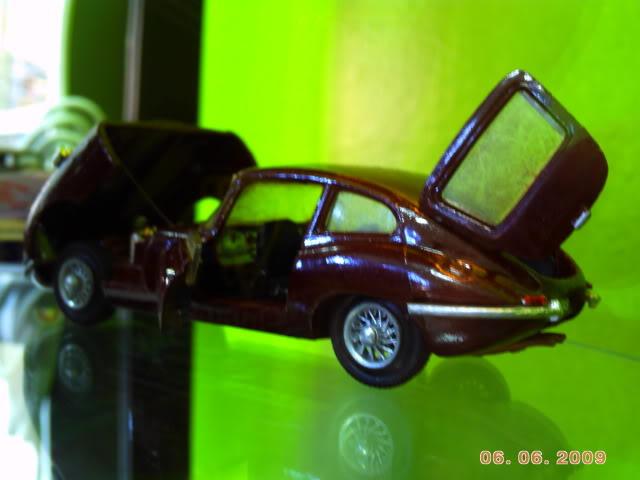1a Exposição e fundação da Associação Gaúcha de Colecionadores de Veículos em Miniatura 100-0033