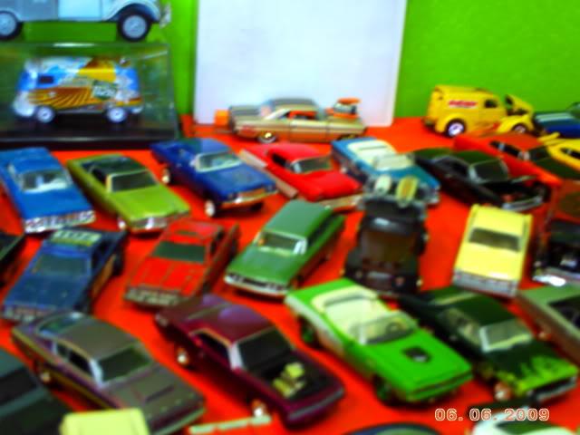 1a Exposição e fundação da Associação Gaúcha de Colecionadores de Veículos em Miniatura 100-0040