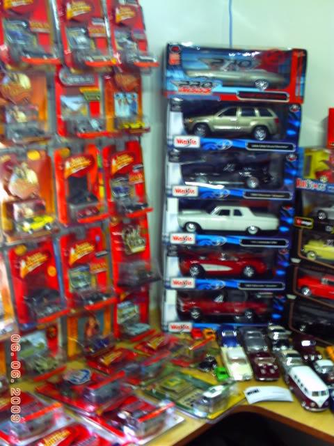 1a Exposição e fundação da Associação Gaúcha de Colecionadores de Veículos em Miniatura 100-0059