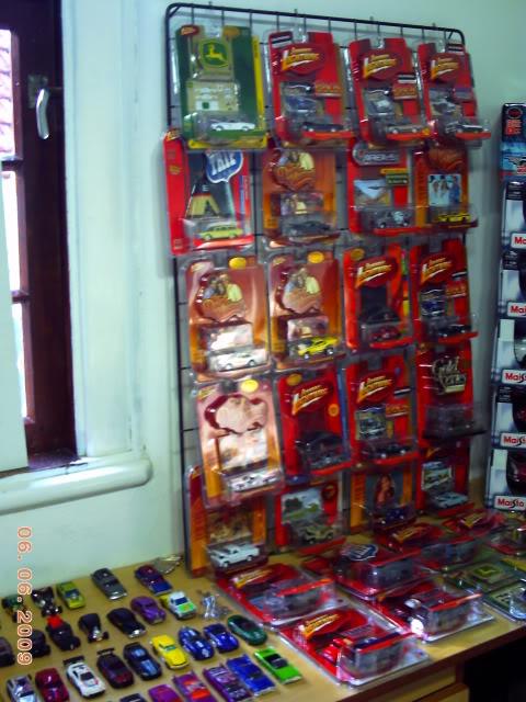 1a Exposição e fundação da Associação Gaúcha de Colecionadores de Veículos em Miniatura 100-0060