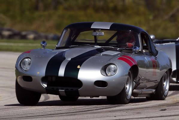 Jaguar Racing Team Matchbox 101_600