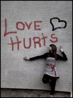 Marta avatarid. Love_hurts______by_xFallenxArtistx