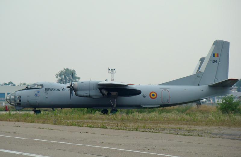 An-24, An-26 si An-30 1104