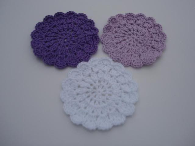 Crocheted Doilies Feb2011003