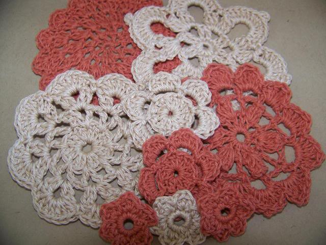 Doily packs NovCrochet002
