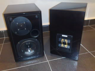 Usher S-520 speakers (Used)Sold 20090816312