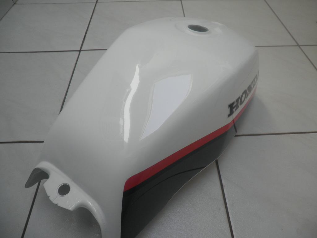 Restauração de um kit de CB450 P1010250