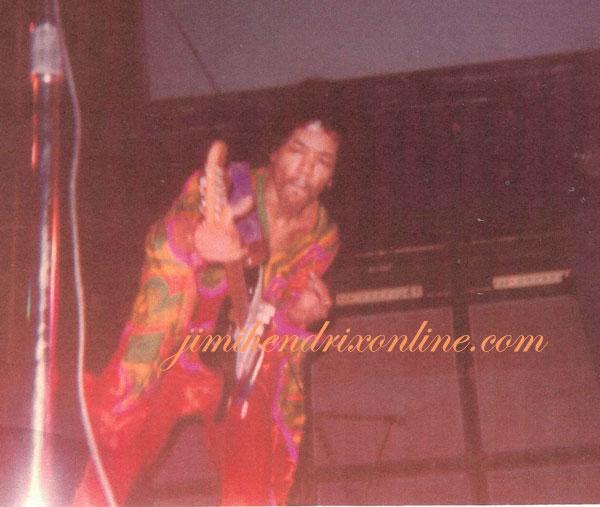 San Diego (Sports Arena) : 25 juillet 1970 521c334e5468c8c42befd980d6fb2045